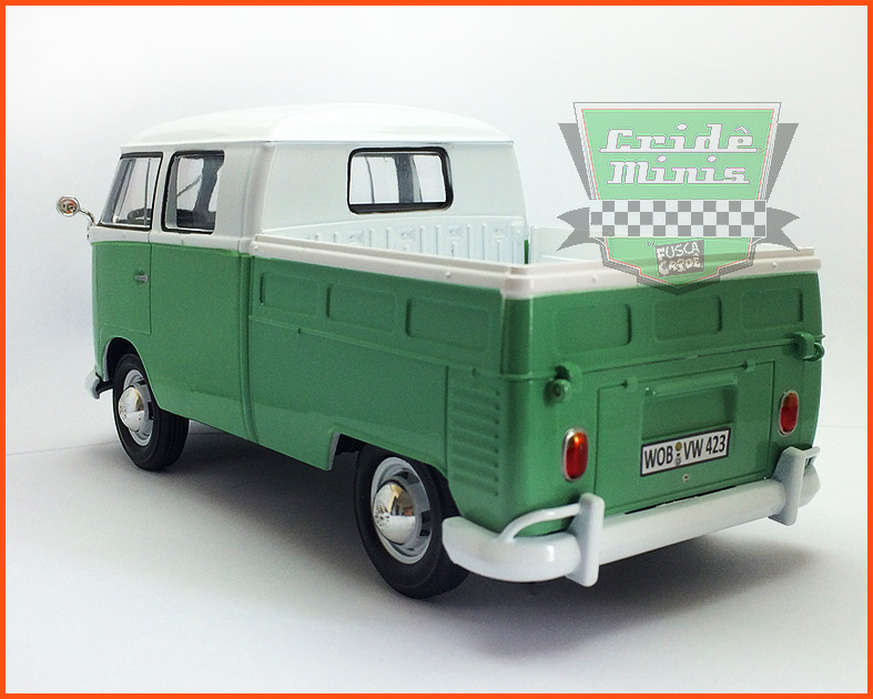 Kombi Cabine Dupla Pick-up verde 1969 - escala 1/24