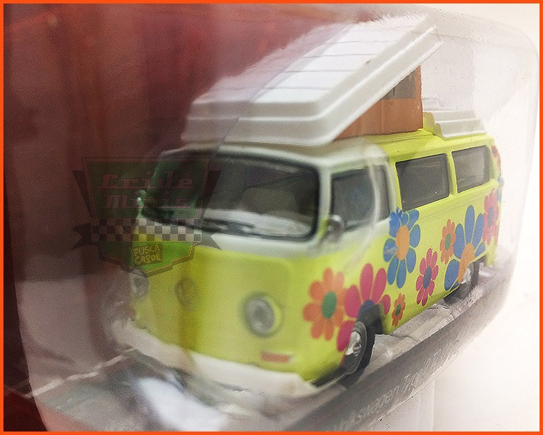 Kombi Campmobile Type 2 1968 - escala 1/64