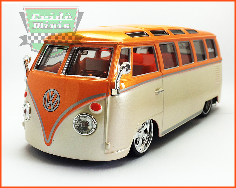 Kombi Custom Van Samba Laranja 1969 - escala 1/25
