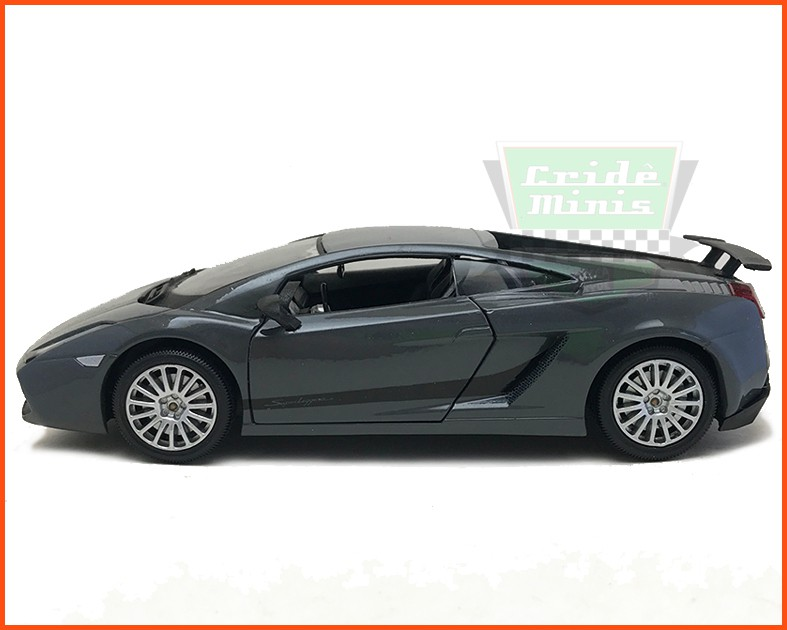 Lamborghini Gallardo Superleggera - escala 1/24