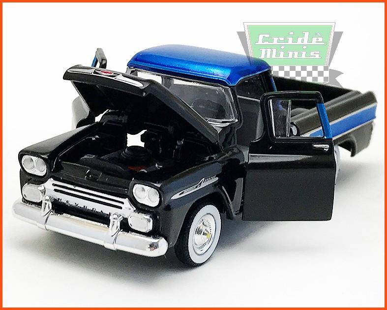 M2 Chevrolet Apache Cameo 1958 - escala 1/64