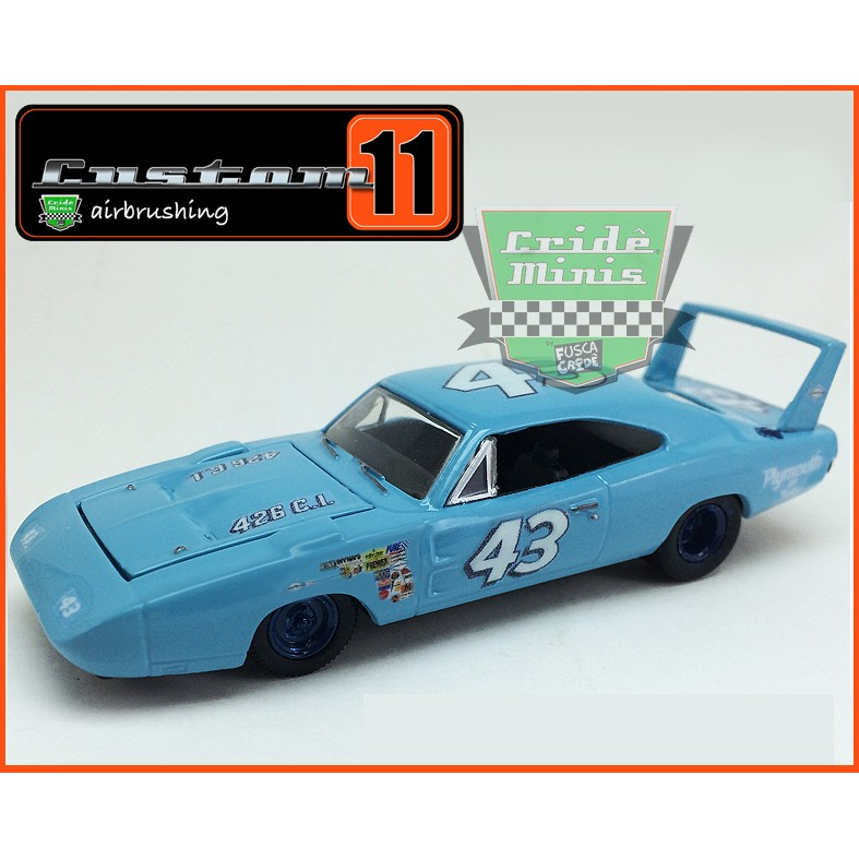 M2 Dodge Charger Daytona 1969 Richard Petty #43