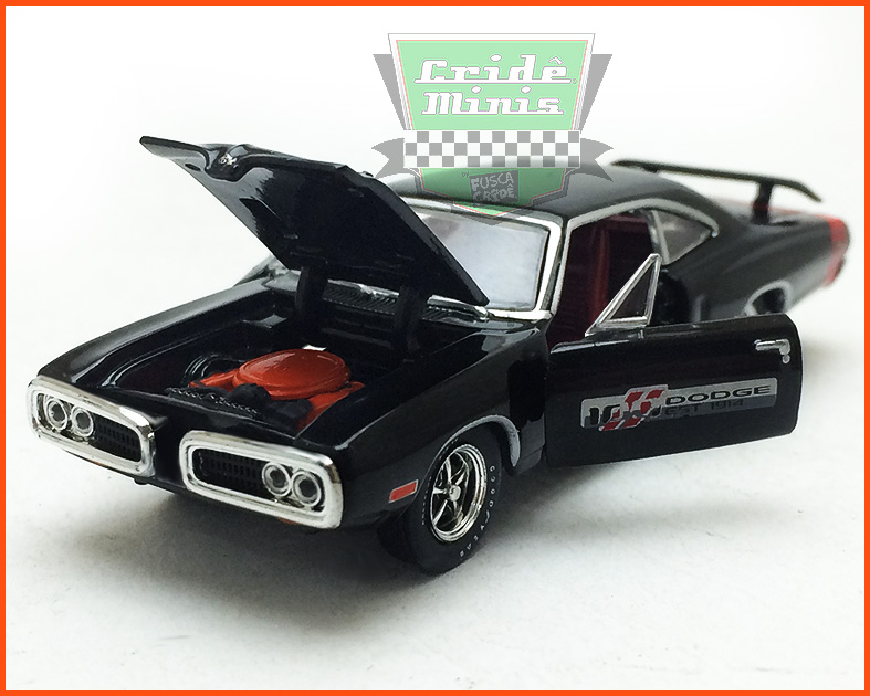 M2 Dodge Super Bee HEMI 1970 100 Anos - escala 1/64