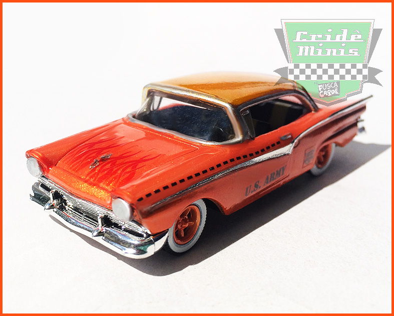 M2 Ford Fairlane 500 1957 U.S. ARMY Customizado - escala 1/64