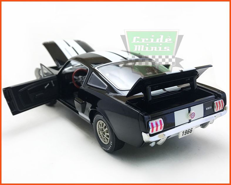 M2 Shelby GT350 1966 Premium Edition - escala 1/24