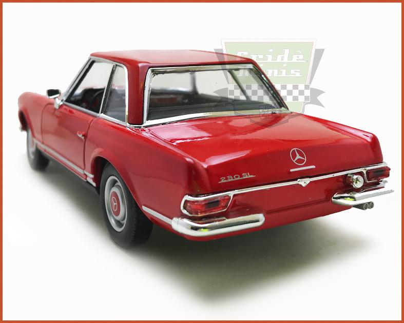 Mercedes Benz 230SL 1963 c/ Caixa Expositora - escala 1/24