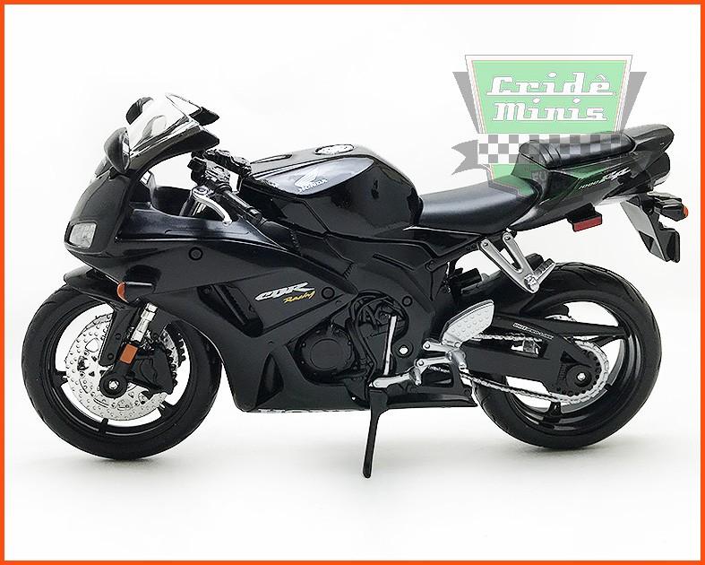 Moto Honda CBR1000RR - escala 1/12