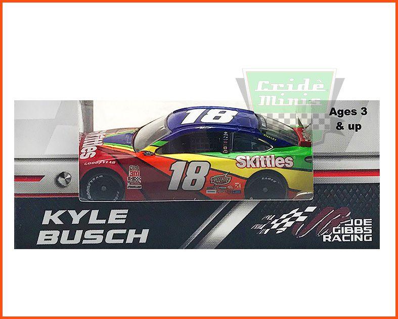 Nascar Toyota Camry 2018 Kyle Busch #18 Skittles - Escala 1/64