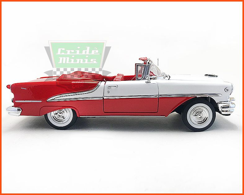 Oldsmobile Super 88 1955 - escala 1/24