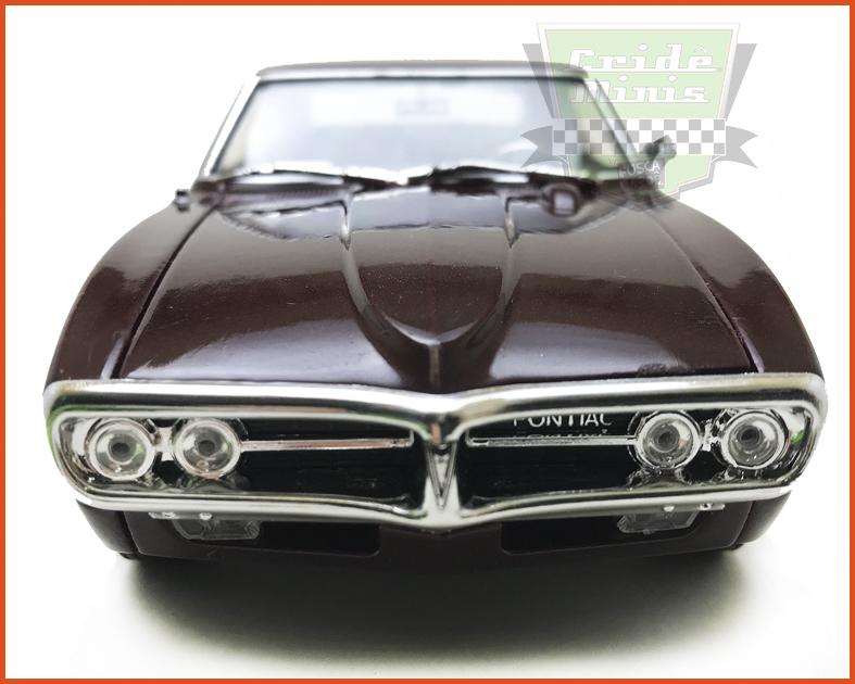 Pontiac Firebird 1967 vinho - escala 1/24