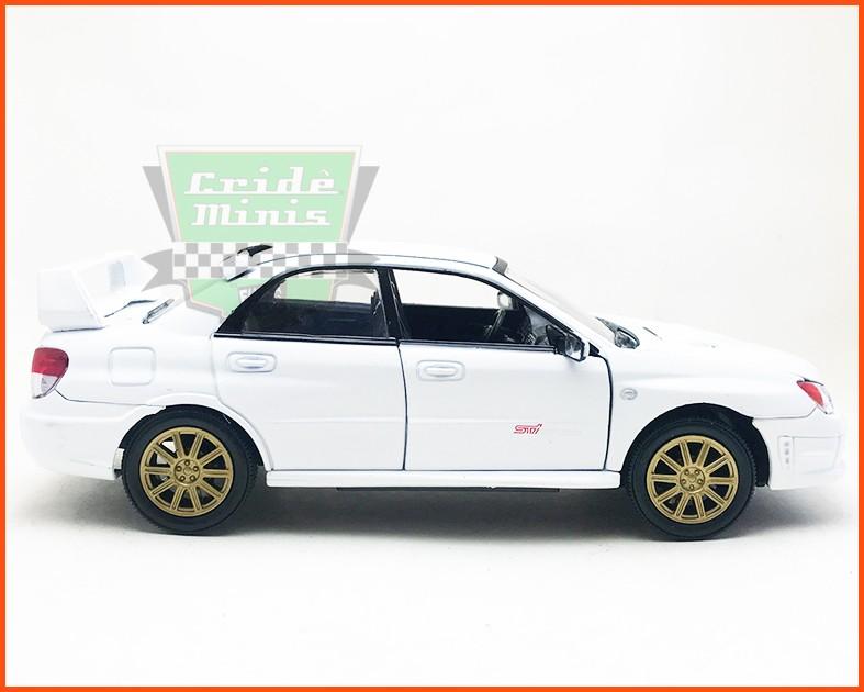 Subaru Impreza 2006 dobra os espelhos - Escala 1/24