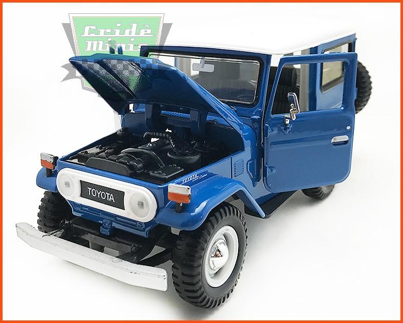 Toyota Bandeirante 1967 Azul - escala 1/24