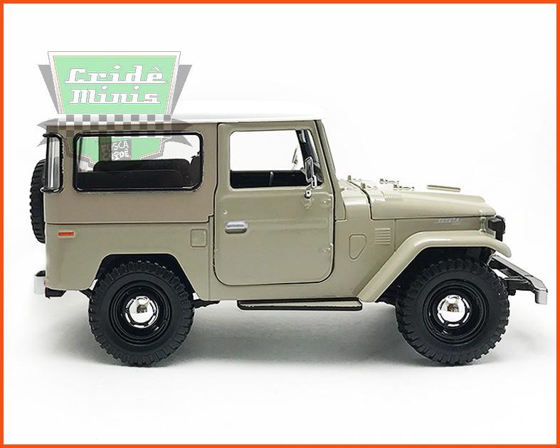 Toyota Bandeirante 1967 Bege - escala 1/24