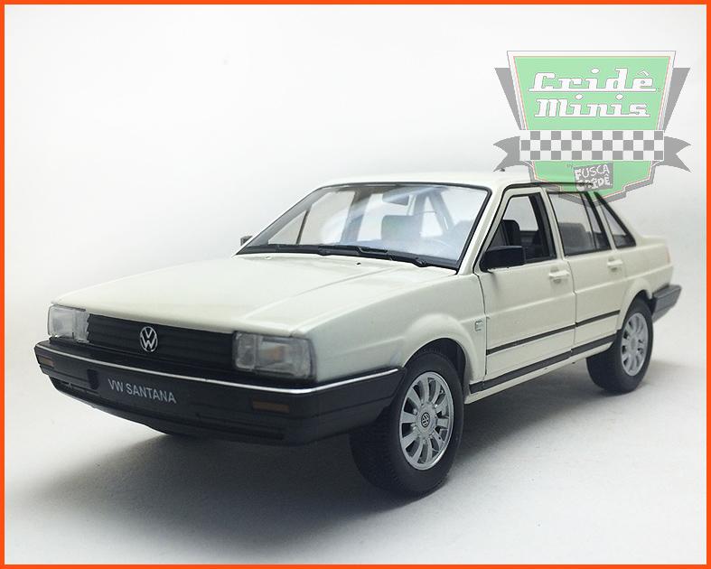 VW Santana 1.8 4 portas - escala 1/24
