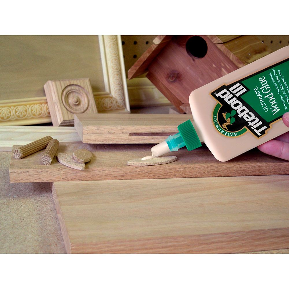 Cola III Ultimate Wood Glue (237ml) - Titebond
