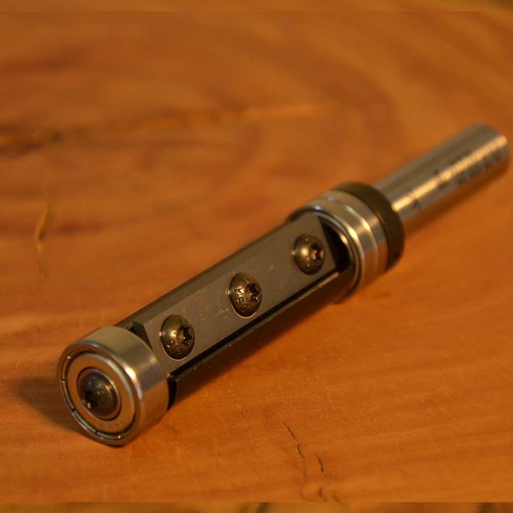 """Fresa Reta com Rolamento e 2 Lâminas intercabiaveis """"Profissional 19mm X 50mm -Haste 12 [FPM1922] - WPW"""