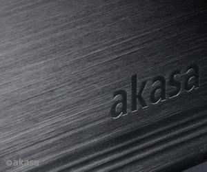 "Case Akasa NOIR S 3.5""  - Rei dos HDs"