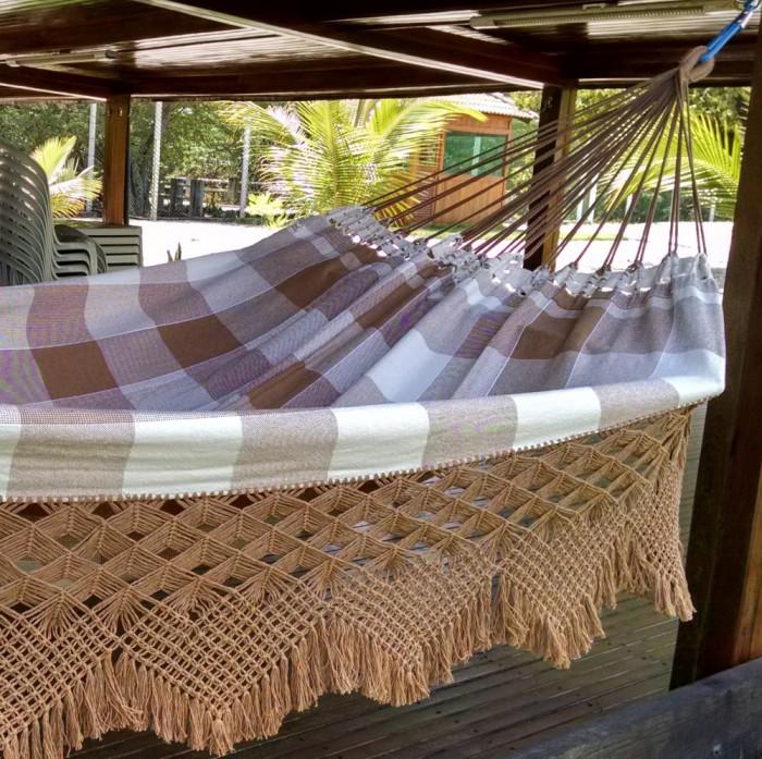 Rede de Dormir Algodão Xadrez com Varanda Trabalhada