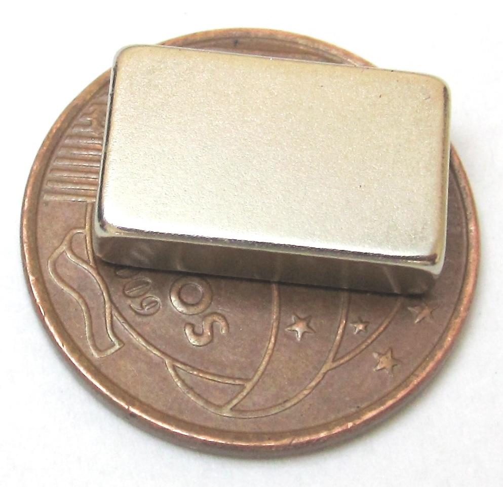 Imã de Neodímio Bloco N35 16x10x4 mm