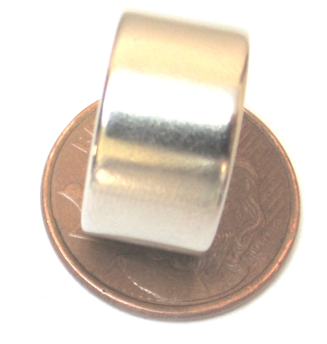 Imã de Neodímio Disco N35 18x10 mm  - Polo Magnético