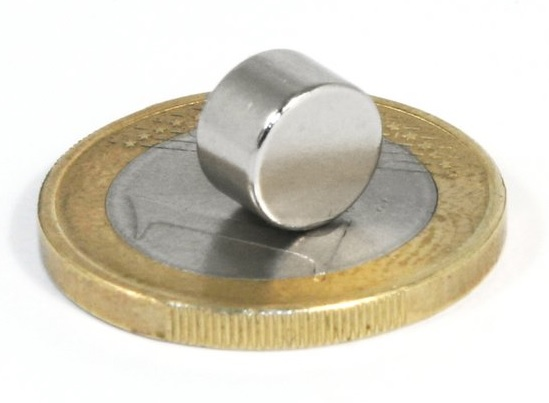 Imã de Neodímio Disco N35 8x5 mm  - Polo Magnético