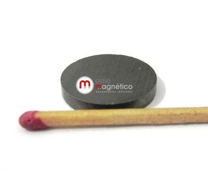 Imã de Ferrite Disco  (cerâmica) Y30 20x3 mm  - Polo Magnético