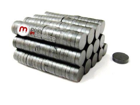 Imã de Ferrite Disco (cerâmica) Y30 8x2 mm  - Polo Magnético