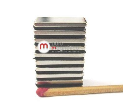Imã de Neodímio Bloco N35 20x10x2 mm  - Polo Magnético