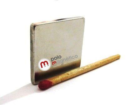 Imã de Neodímio Bloco N35 25,4x25,4x3,18 mm
