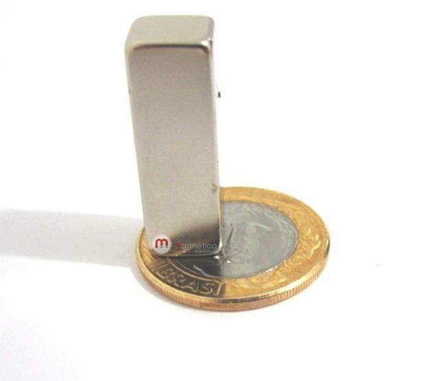 Imã de Neodímio Bloco N35 30x10x10 mm