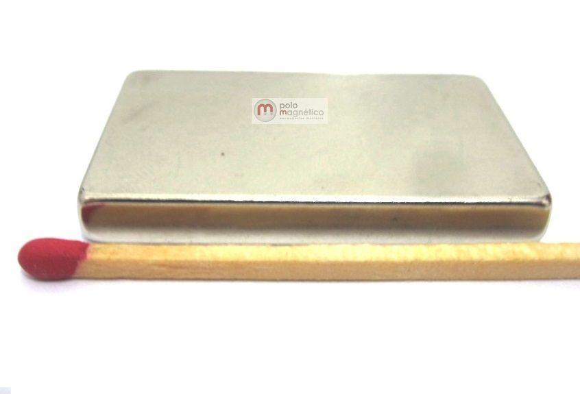 Imã de Neodímio Bloco N35 40x25x5 mm  - Polo Magnético