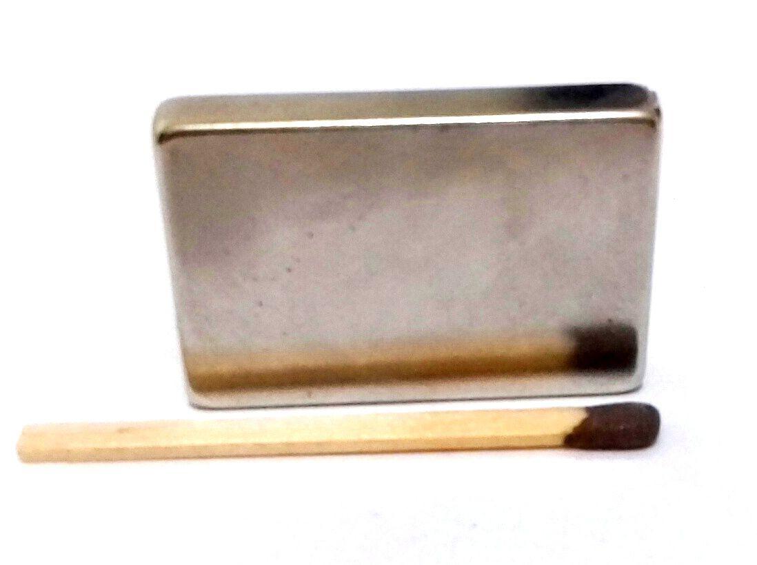 Imã de Neodímio Bloco N42 32x22x5 mm  - Polo Magnético