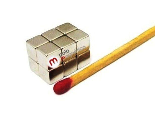 Imã de Neodímio Cubo N35  5x5x5 mm  - Polo Magnético