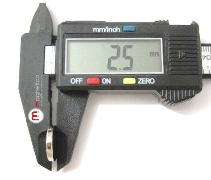 Imã de Neodímio Disco N35 15x2,5 mm  - Polo Magnético