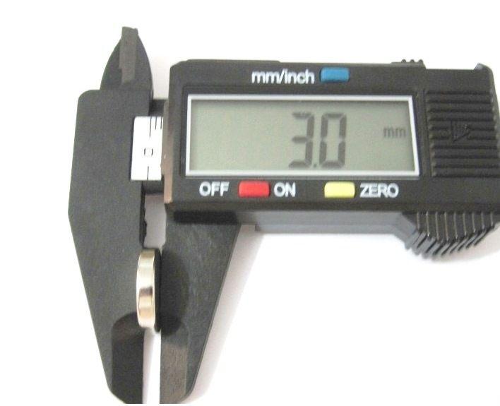 Imã de Neodímio Disco N35 15x3 mm  - Polo Magnético