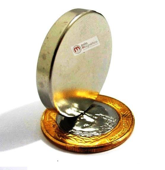 Imã de Neodímio Disco N35 30x5 mm