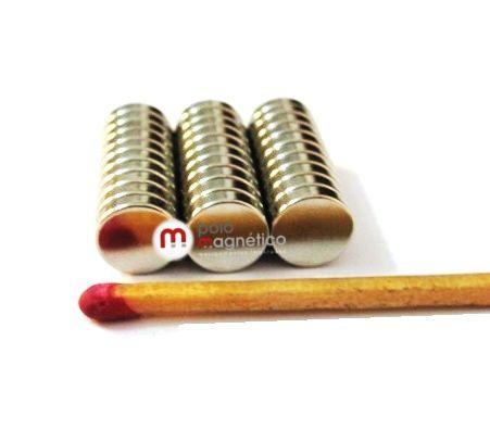 Imã de Neodímio Disco N35 8x2 mm  - Polo Magnético
