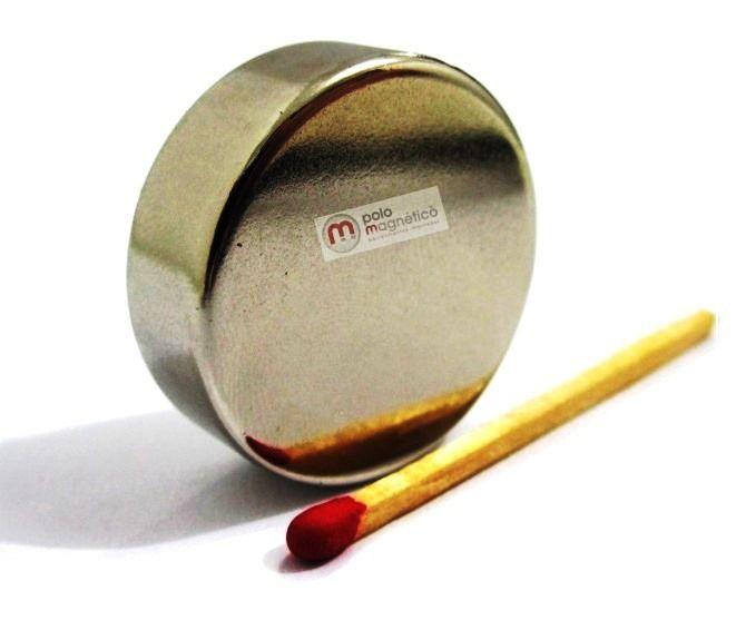 Imã de Neodímio Disco N42 30x10 mm  - Polo Magnético