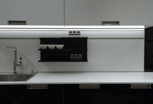 Perfil LED Sobrepor Canto BLACK 16mm - 10W por Metro - *Pronto para instalar