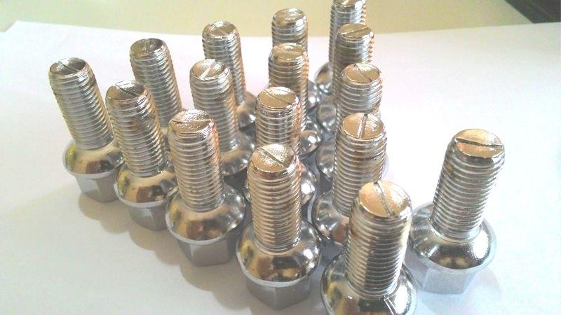 16 Parafusos Roda M12 1,5 Em Aço Cromado P/ Gol Esféricos