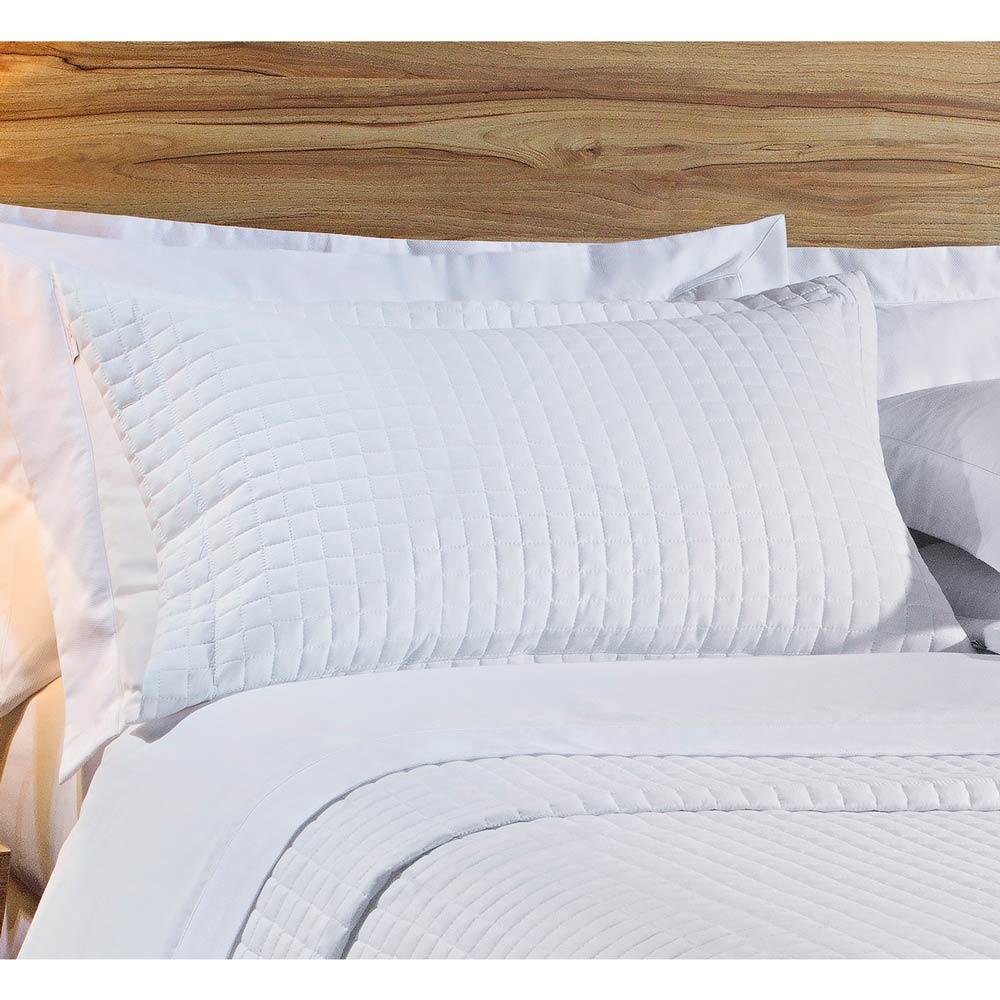 Cobre Leito Casal Queen Pratic 03 Peças Liso coleção 2107 -  100% Algodão 200 Fios - Cor Branco