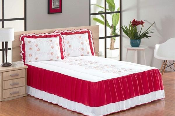 Colcha Casal Queen Coleção Tifanne 05 Peças- Branco com Vermelho