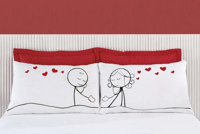 Fronha Emoções LOVE - Kit com duas - Tecido Percal 150 fios 100% algodão - Carinho