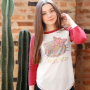 Camiseta Manga Longa Feminina Hello Kitty Butterflies Dream Face