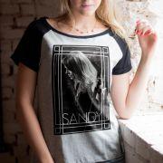 Camiseta Raglan Feminina Sandy Singer