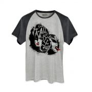 Camiseta Raglan Premium Masculina Kiss Dressed To Kill