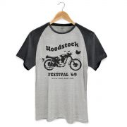 Camiseta Raglan Premium Masculina Woodstock Festival �69