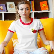 Camiseta Ringer Feminina Monstra Maçã Bichin