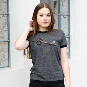 Camiseta Ringer Feminina Sandy Segredo