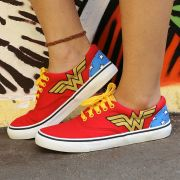 Tênis Cano Baixo DC Comics Wonder Woman Classic
